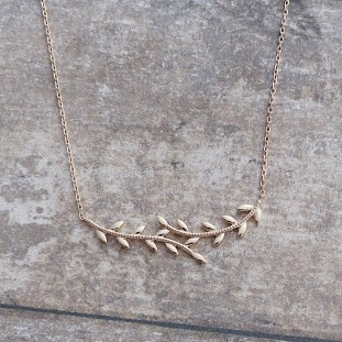 LIVIANOSE GOLD-PLATED NECKLACE