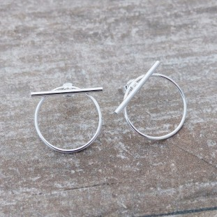 OXMOSE CIRCLE BAR SILVER EARRINGS