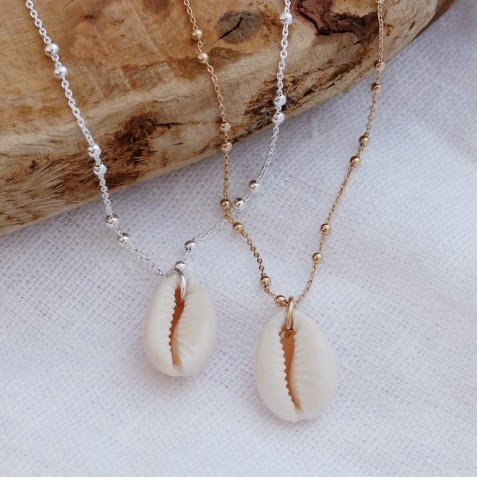 COWRIE SHELL GOLD-PLATED NECKLACE