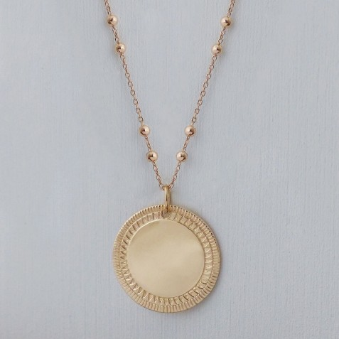 TO ENGRAVE ETHNIC MEDAL GOLD-PLATED NECKLACE
