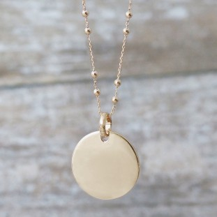 TO ENGRAVE CURVED MEDAL GOLD-PLATED NECKLACE