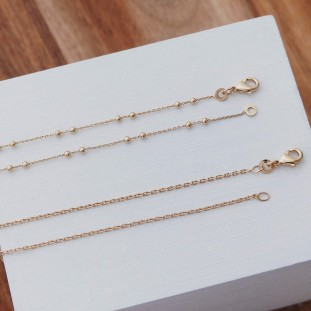 GOLD-PLATED BEADED CHAIN NECKLACE