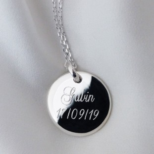TO ENGRAVE CURVED MEDAL SILVER NECKLACE
